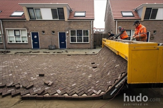 This is how lazy people build roads